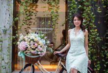 Jordan + Elena Pre-wedding Photoshoot by Ever & Blue Floral Design