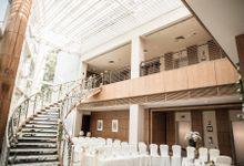 Spectacular Wedding Stairway by Amara Sanctuary Resort Sentosa
