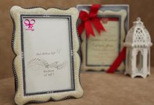 Photo Frame by Red Ribbon Gift