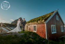 Lofoten . Norway. Destination pre wedding photography by Odelia Bridal
