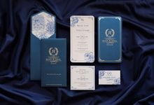 The Luxurious Silver-Blue by Memento Idea