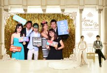 Classic Photo Booth by BusybodySG