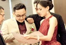 Ongky & Vian Engagement by The Flash Project