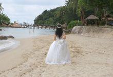 Beach Themed Pre-Wedding Shoot by L'umiére Weddings Singapore