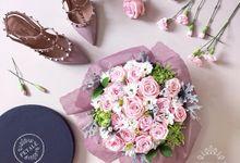 'POSIE BOX' by Petalé Flowers