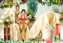 Wedding Photo dessy & Oscar at JEC Yogyakarta by mata angin photography
