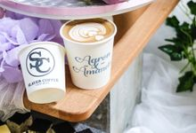 Customization of paper cups or coffee art dusting by Slayer Coffee - A Mobile Coffee Cart