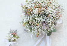 A classic wedding bouquet for holy matrimony by Seed & Stem
