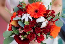 Boat Wedding Florals - Louis & Qiuwen by Liz Florals
