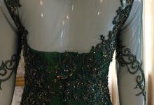 kebaya resepsi sewa by Manara Couture