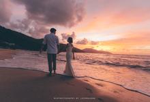 Jiun Ying & Ying Wei Engagement Portrait by MJKphotography