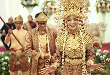 Sarah & Alkris Wedding by PADUSI WO