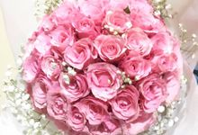 Valentine Bouquets by Liez Florist & Decoration