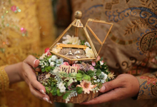 Diamond Ring Bearer for Mr. Dimas & Ms. Wika by Jeestudio Id