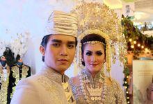 "Peragaan Pengantin Minang ""Ikappesty Wedding Expo"" by Shinta Ayu Jogja"