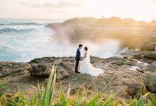 Lembongan Island Sunrise Prewedding by Gusmank Wedding Photography