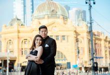 Melbourne Prewedding by Elmer by Monopictura
