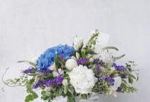 Vase Arrangement by Tiffany's Flower Room