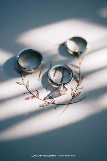 one-couples-glamorous-and-modern-wedding-at-the-ritz-carlton-bali-1