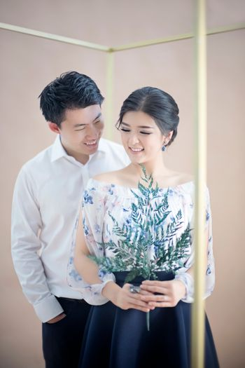 one-couples-charming-indoor-engagement-session-1