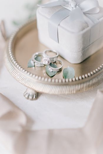 a-pair-of-childhood-sweethearts-stardust-themed-wedding-1