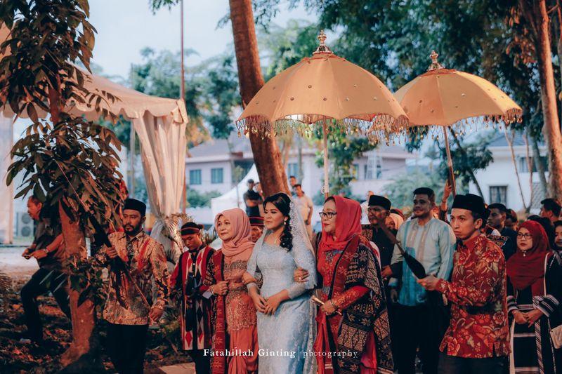 the-traditional-wedding-ceremonies-of-kahiyang-ayu-and-bobby-nasution-in-medan-1