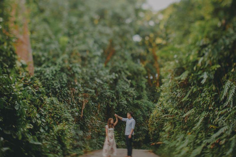 an-adventurous-pre-wedding-album-in-abandoned-ruins-1