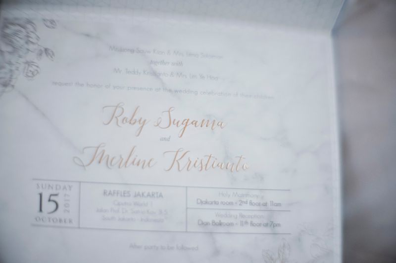 marble-elements-in-a-stardust-themed-wedding-1