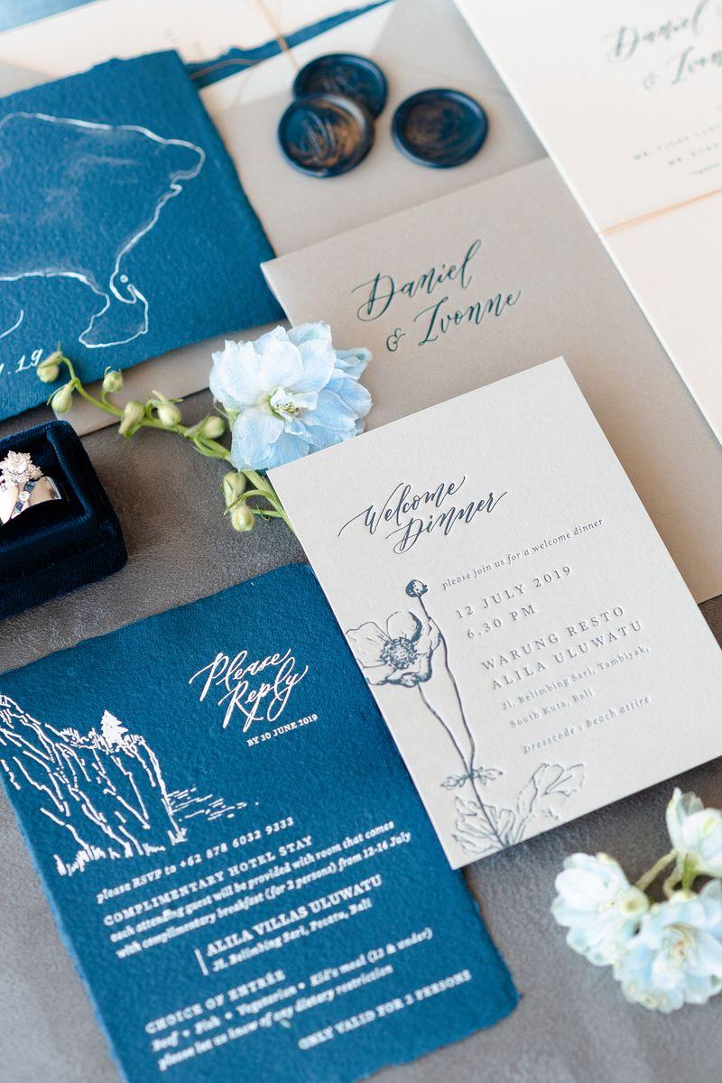 pernikahan-dua-sejoli-di-pulau-dewata-dengan-pemandangan-bentangan-samudra-1
