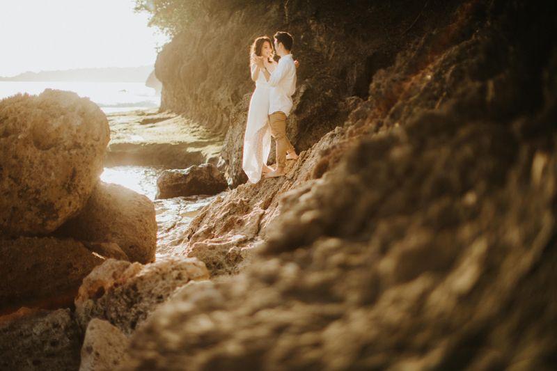 a-sentimental-pre-wedding-session-in-nusa-penida-island-1
