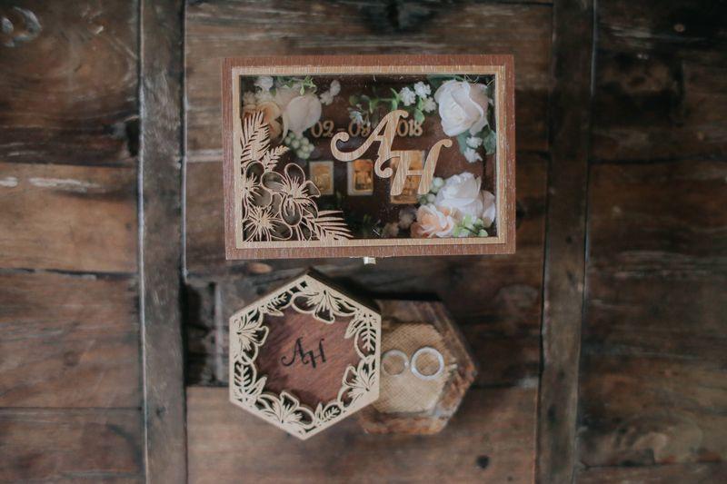 pernikahan-jawa-tradisional-sepasang-kekasih-dengan-dekorasi-ekletik-1