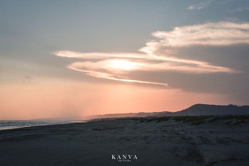 a-playful-sunset-pre-wedding-album-1