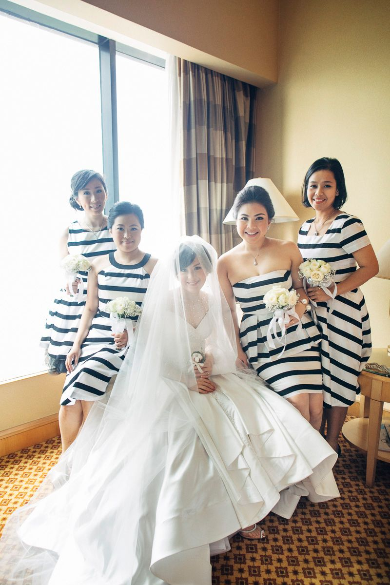 black-and-white-stripe-themed-wedding-in-jw-mariott-1