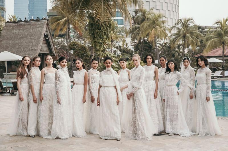 melihat-lebih-dekat-deretan-gaun-pengantin-dari-koleksi-saptodjojokartiko-bride-2019-1