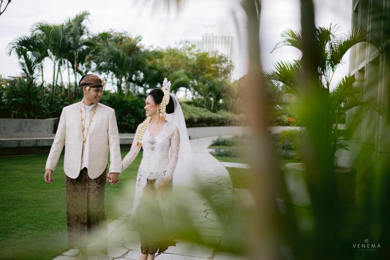 pesan-set-baju-pengantin-dan-penuhi-checklist-persiapan-pernikahan-dari-direktori-berikut-ini-bridestory-wedding-week-salebration-1