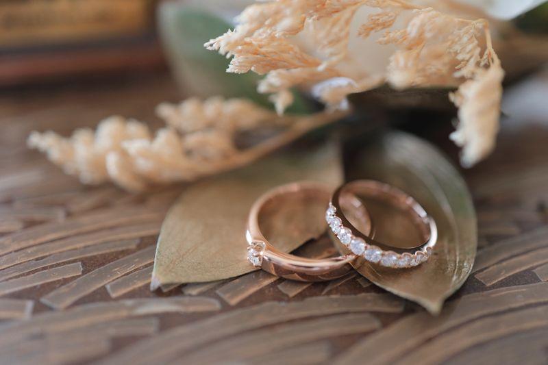 romansa-pernikahan-minimalis-bertema-rustic-di-pulau-bali-1