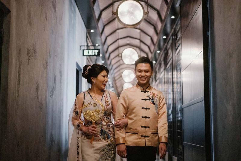 15-desainer-pilihan-untuk-custom-dan-sewa-baju-lamaran-di-acara-pertunangan-1