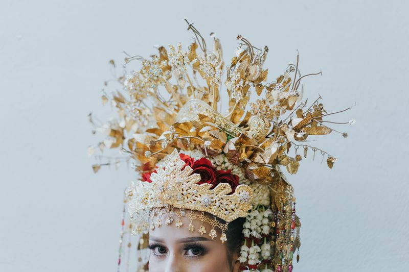 dari-aceh-hingga-padang-inilah-jenis-dan-makna-mahkota-pengantin-sumatera-1