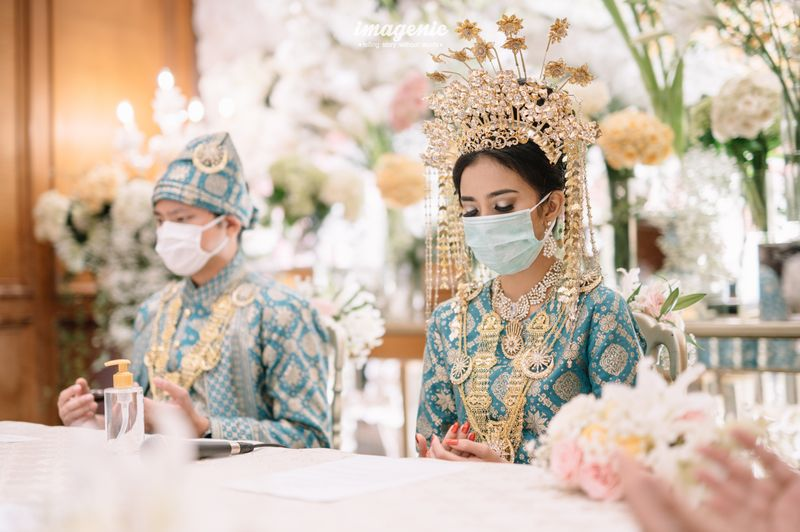 cerita-pasangan-pengantin-yang-menggelar-pernikahan-di-tengah-pandemi-covid-19-1