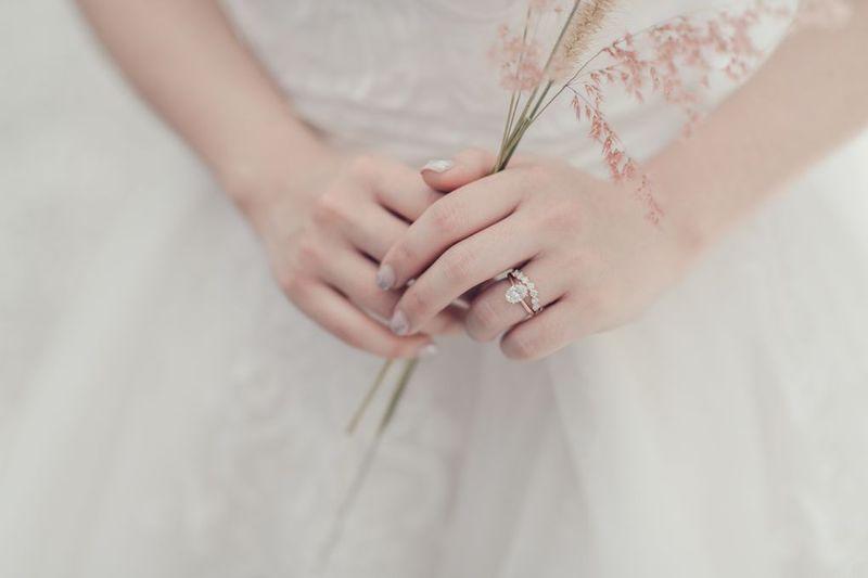 dari-fotografi-entertainment-hingga-undangan-dan-suvenir-pernikahan-cari-rekomendasinya-di-sini-bridestory-wedding-week-salebration-1