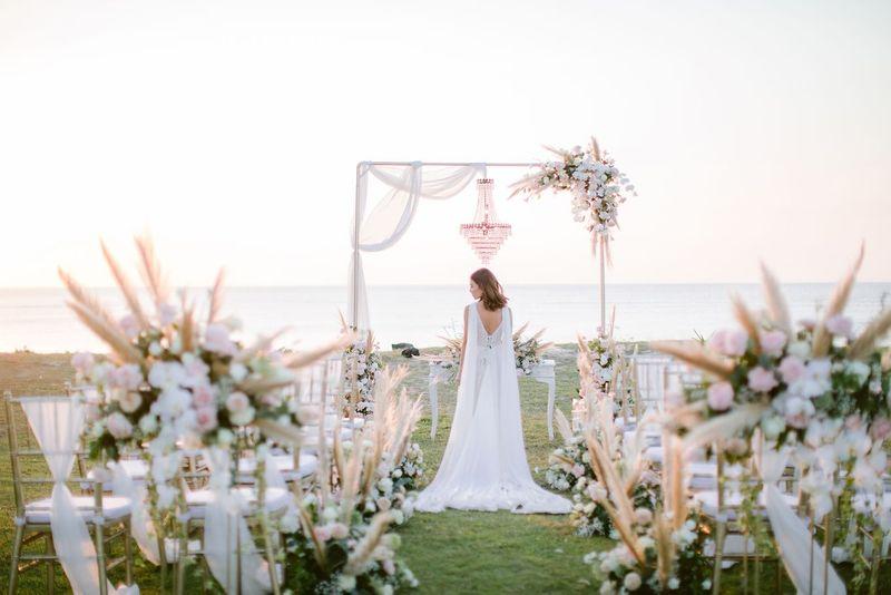 cek-daftar-hotel-dengan-paket-pernikahan-all-in-2021-bridestory-wedding-week-salebration-1