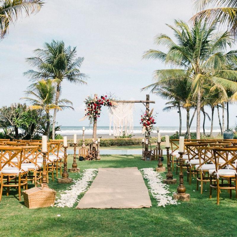 10-rekomendasi-tempat-pernikahan-terbaru-dan-terfavorit-di-bali-1