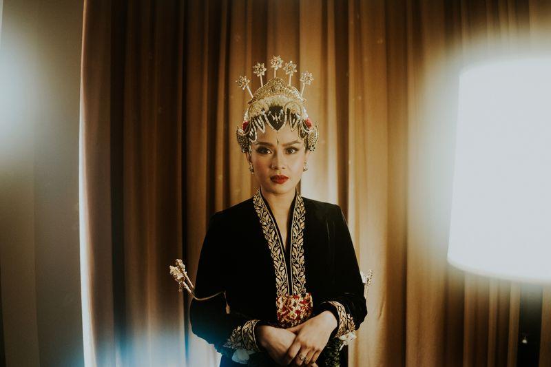 rekomendasi-perias-pengantin-adat-untuk-makeup-tradisional-pernikahan-anda-1