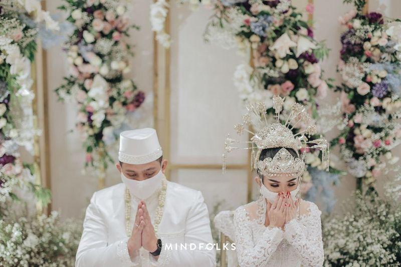 calon-pengantin-berikut-peraturan-baru-terkait-pelaksanaan-pernikahan-di-masa-new-normal-2021-updated-1