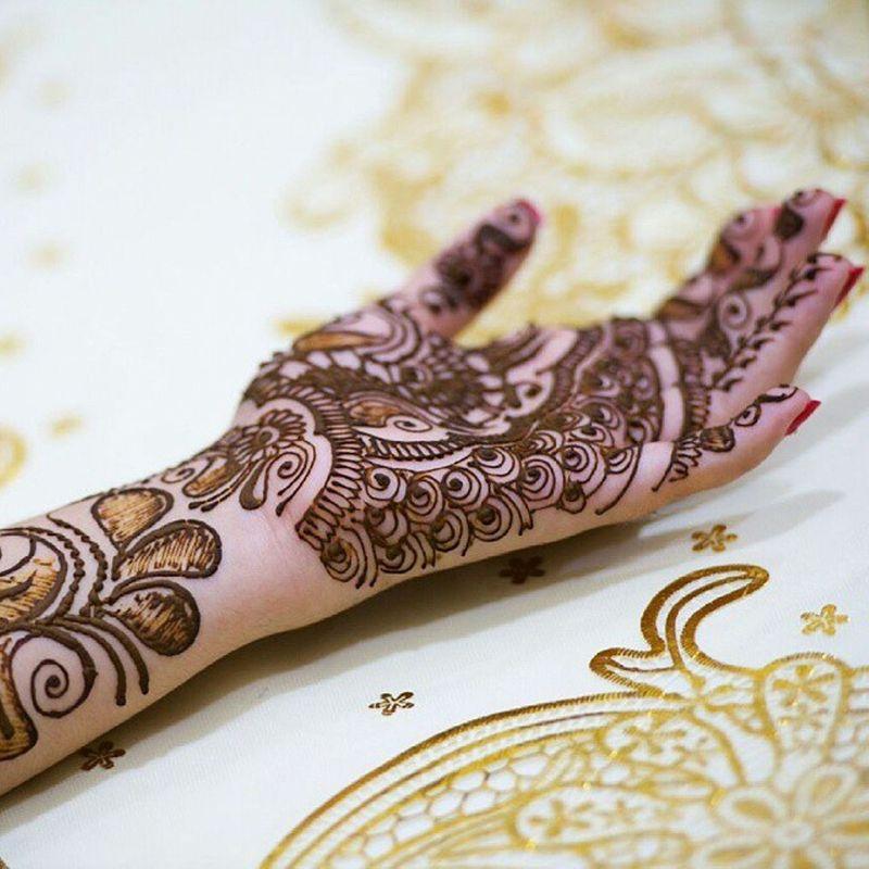 malam-pacar-a-pre-wedding-tradition-for-arabian-bride-1