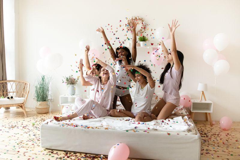 rencanakan-bachelorette-party-yang-seru-dengan-6-pilihan-aplikasi-berikut-1