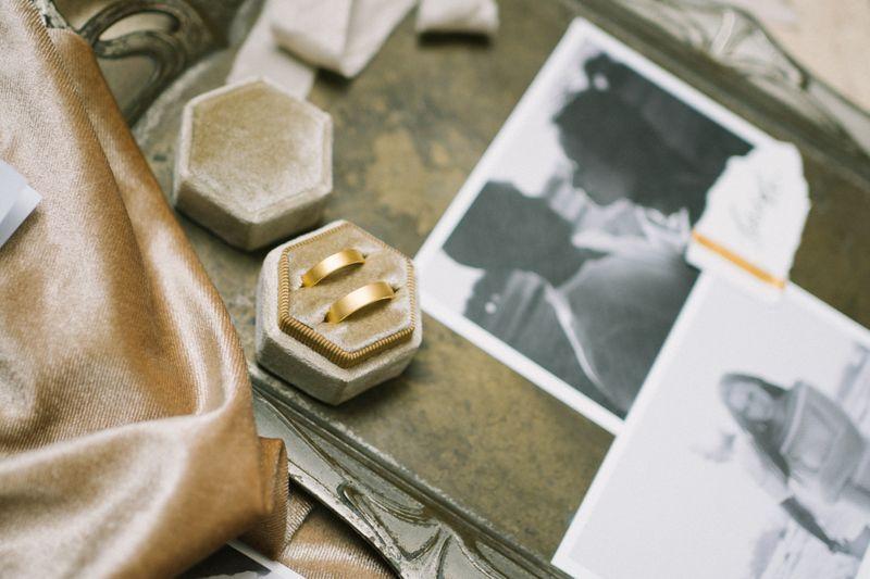 album-pernikahan-restu-sinaga-and-vicky-monica-yang-digelar-secara-intim-dan-elegan-di-plataran-hutan-kota-1