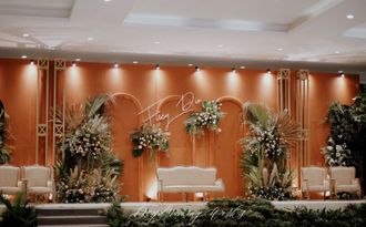 13-daydreaming-works-fiscy-main-stage-wedding-BkSLmP4MS.jpg