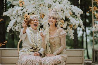 pernikahan-adat-sunda-bernuansa-alam-kevin-lilliana-dan-oskar-mahendra-di-bandung-21-B1dpaiGbd.jpg