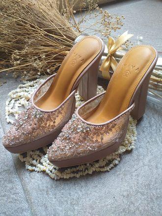 wedding-shoes-emily-pink-luxury-vaia-r1SS0b-j8.jpg